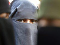 В Канаде раскритиковали закон о запрете никаба