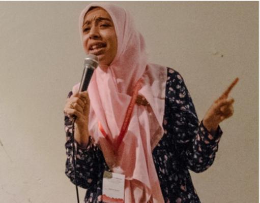 Сатирик в хиджабе разбивает стереотипы